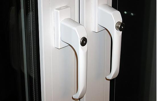 Ручки для балконной пластиковой двери: правила выбора и уста.
